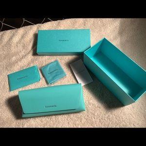 Tiffany & Co. Eyeglass & Sunglass Magnetic Case